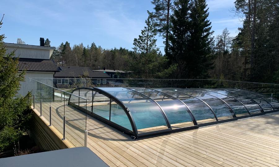 Pacific Midi glasräcke vid pool